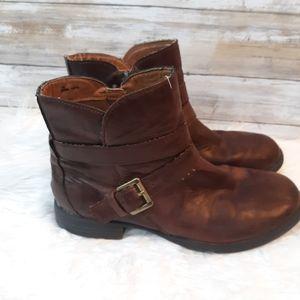Born b.o.c. buckle booties boots sz 7M